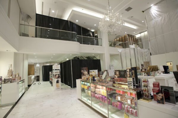 Uniqlo chicago opening date