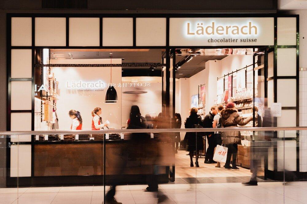 Exterior of Läderach store in the CF Toronto Eaton Centre. Photo: Läderach
