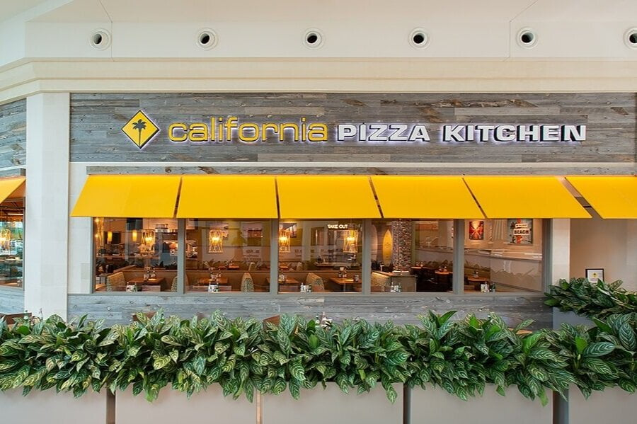 California Pizza Kitchen To Enter Canada Amid Cross Country Expansion